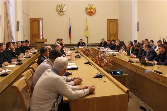 Министр Иван Исаев провел совещание с охотинспекторами и лесничими