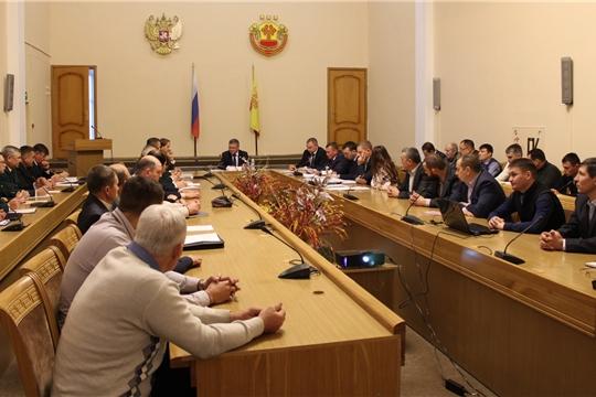 Министр Иван Исаев провел совещание с охотинспекторами и и лесничими