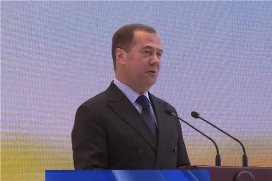 Медведев анонсировал новую программу поддержки сельских территорий
