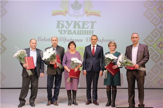 Михаил Игнатьев поздравил с 45-летием коллектив Чебоксарской пивоваренной фирмы «Букет Чувашии»