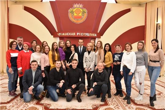 Глава Чувашии Михаил Игнатьев встретился с популярными инстаграм-блогерами