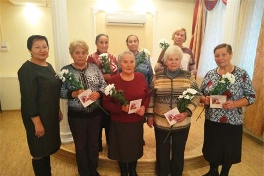 Праздничная программа «Не стареют душой ветераны!» в отделе ЗАГС Урмарского района