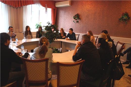 Проект «Сохраним семью»: во Дворце бракосочетания г. Новочебоксарск состоялся тренинг «Готов к семейной жизни»