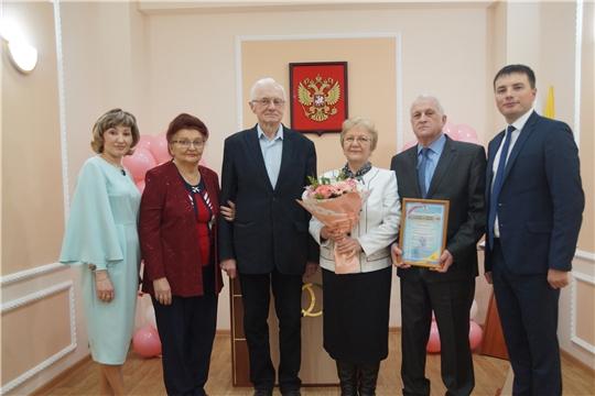"""Полвека в любви и уважении: в Ленинском районе чествовали """"золотых"""" юбиляров"""