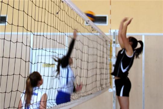 В Моргаушском районе прошло соревнование по волейболу среди женских команд, посвященное Дню матери