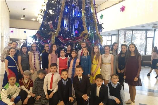 Республиканская новогодняя елка в Чувашском государственном театре оперы и балета