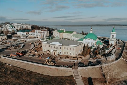 Реконструкция Московской набережной у Свято-Троицкого монастыря завершится к июню 2020 года