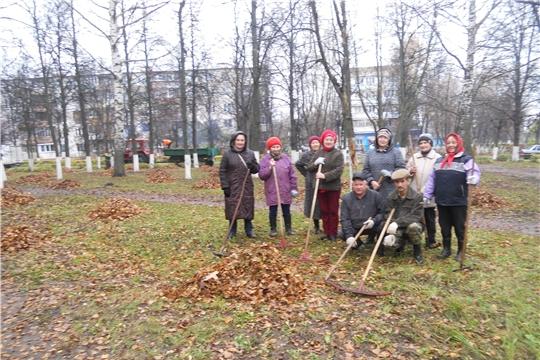 Cанитарно-экологический субботник по уборке территории на улице Комсомольская