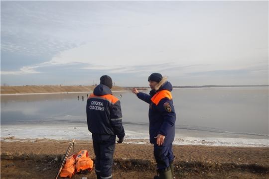 г. Новочебоксарск: начались патрулирования по набережной Волги с выходом на лёд