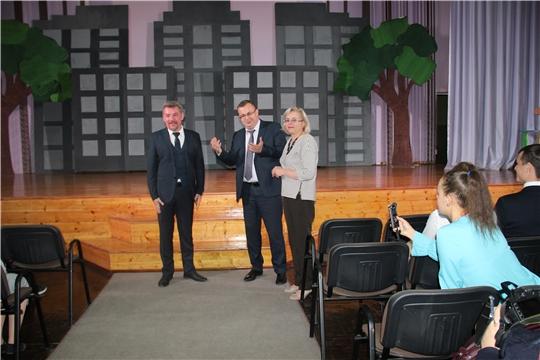 Состоялась встреча заместителя министра Алексея Гурьева с победителями регионального этапа окружного фестиваля «Театральное Приволжье»