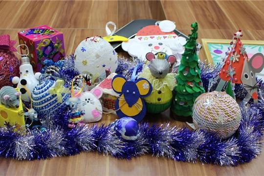 Дети сотрудников  министерства  приняли  участие в конкурсе «Волшебство новогодней игрушки!»