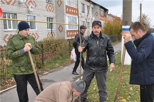 В Шемуршинском районе проводится месячник по посадке деревьев