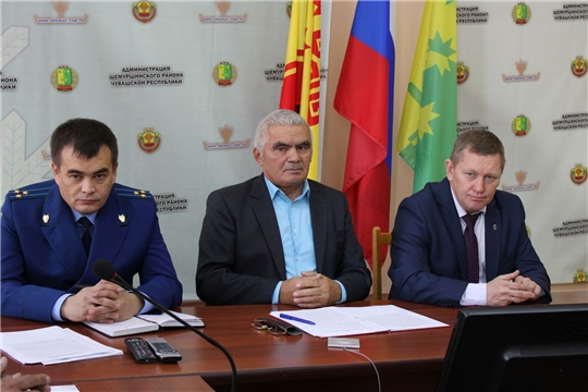 Состоялось внеочередное тридцать первое заседание Шемуршинского районного Собрания депутатов третьего созыва