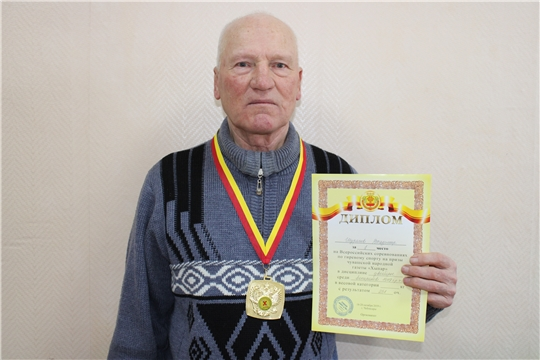 Владимир Шуряков – победитель Всероссийского турнира по гиревому спорту на призы газеты «Хыпар»