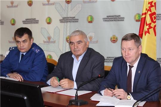 Состоялось внеочередное тридцать второе заседание Шемуршинского районного Собрания депутатов третьего созыва