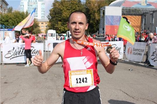 Алексей Александров выиграл Казанский национальный полумарафон