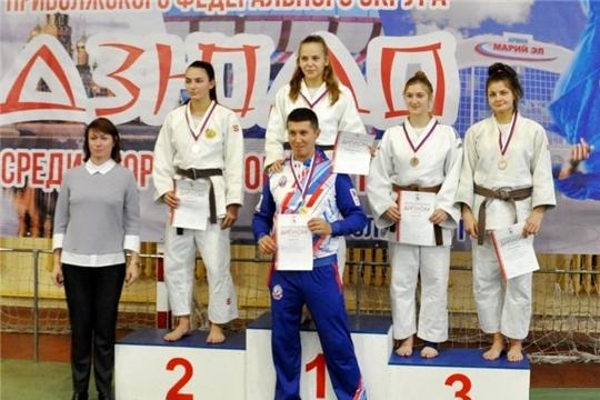 Спортсмены Чувашии вернулись с медалями первенства Поволжья по дзюдо