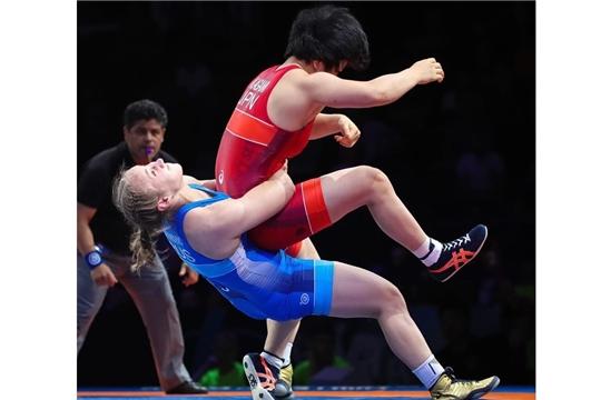 Евгения Захарченко выиграла «бронзу» первенства мира по спортивной борьбе