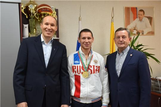 Михаил Богаратов встретился с чемпионом мира по Сётокан Александром Аввакумовым