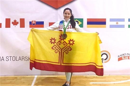 Алина Алексеева выиграла «бронзу» в финале Кубка мира по мас-рестлингу