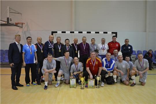 Ветераны футбола из разных регионов страны традиционным турниром в Чебоксарах почтили память полковника П.И.Валькевича
