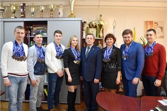 В Минспорте Чувашии прошла встреча с медалистами этапов Кубка России и мира по зимнему плаванию