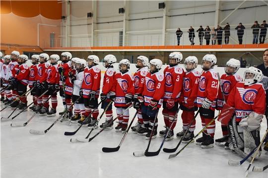 Старт дан: в Чувашии проходит республиканский этап Всероссийского турнира юных хоккеистов «Золотая шайба»