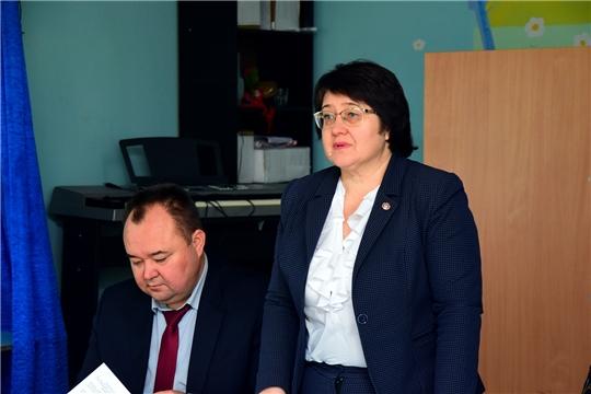 В рамках Единого информационного дня руководитель Госслужбы Чувашии Марина Кадилова посетила Ибресинский район