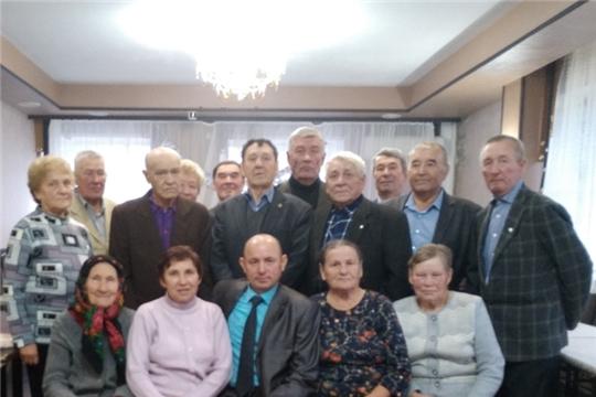 День пожилых людей: чествование ветеранов администрации Урмарского района