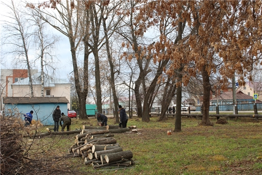 На стадионе  пос. Урмары  начались работы по подготовке площадки под строительство футбольного поля