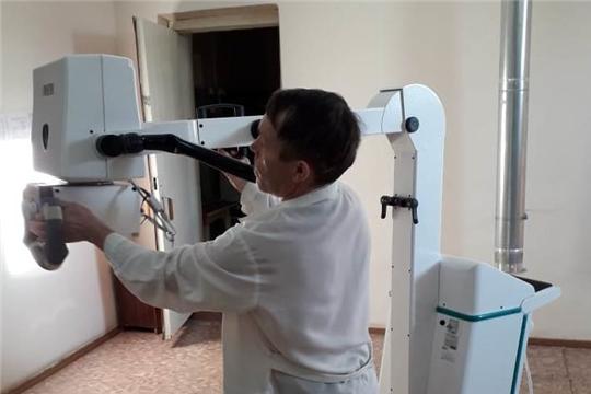 """В Урмарскую центральную районную больницу поступил новый передвижной рентгеновский аппарат """"Электрон"""""""