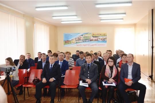На заседании коллегии были рассмотрены вопросы реализации мероприятий по ликвидации лейкоза крупного рогатого скота на территории Чувашской Республики
