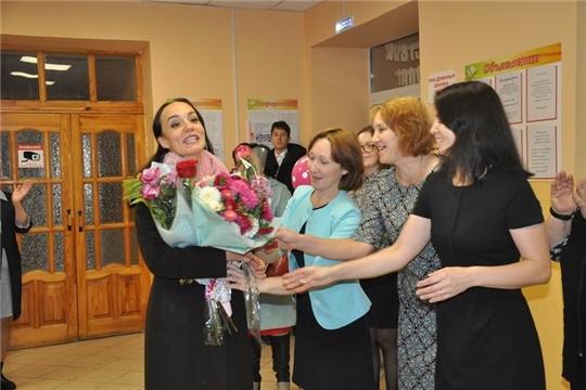 В праздничной атмосфере встретили лауреата конкурса «Учитель года России-2019» Ольгу Физер в родной школе