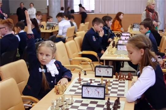 Учащиеся г. Ядрина стали участниками Всероссийских соревнований по шахматам среди общеобразовательных учреждений «SBERBANK Chess OPEN-2019»