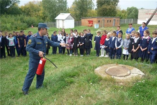 Месячник пожарной безопасности в общеобразовательных организациях Яльчикского района