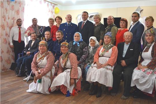 Отделение стационарного обслуживания с. Лащ-Таяба отмечает двойной праздник:  Международный день пожилых людей и свой 15-летний юбилей