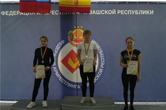 У команды Яльчикского района по армрестлингу – второе место на чемпионате Чувашии