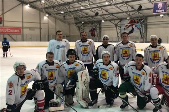 """Яльчикские хоккеисты продолжают успешно выступать в """"Volga Challenge Cup"""" - хоккейном турнире среди любительских команд"""