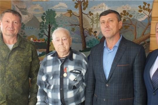 Ветерану войны вручили юбилейную медаль