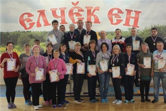 В плавательном бассейне ФОК «Улап» состоялся чемпионат Яльчикского района по плаванию среди мужчин и женщин
