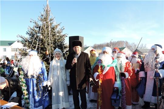 В Яльчикском районе состоялось открытие главной новогодней ёлки