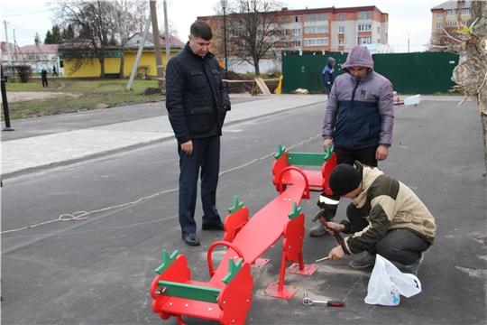 Игорь Николаев: необходимо продолжить работу по благоустройству и ремонту дворовых территорий