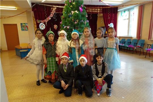 Театрализованное представление «Вот и снова Новый год»