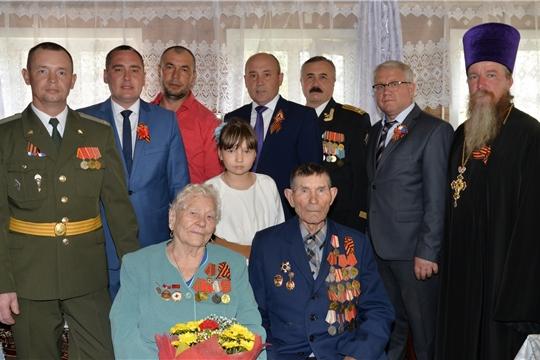 Глава администрации района Р.Селиванов поздравил ветеранов войны и труда с Днем Победы в Великой Отечественной войне
