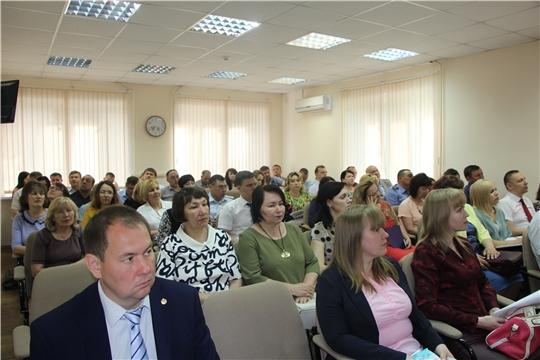 В администрации Чебоксарского района  состоялось еженедельное совещание по итогам проведения мероприятий ко Дню Победы и озвучены направления работ на предстоящую неделю
