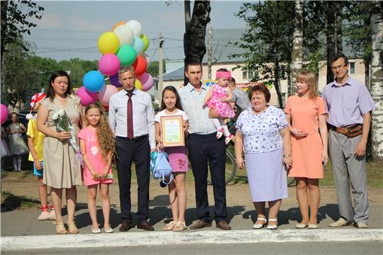 В Чебоксарском районе продолжается работа по предоставлению земельных участков многодетным семьям