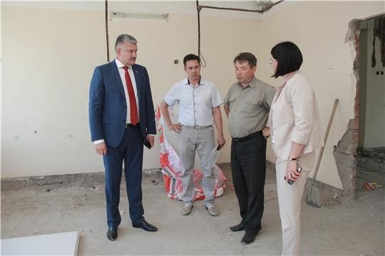Министр Владимир Викторов посетил Чебоксарскую районную больницу