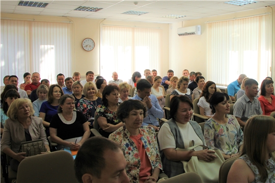 В администрации Чебоксарского района состоялось еженедельное совещание