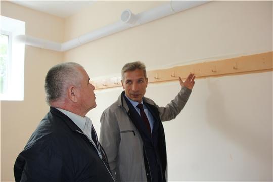 В Чебоксарском районе продолжаются работы по подготовке образовательных учреждений к новому учебному году.
