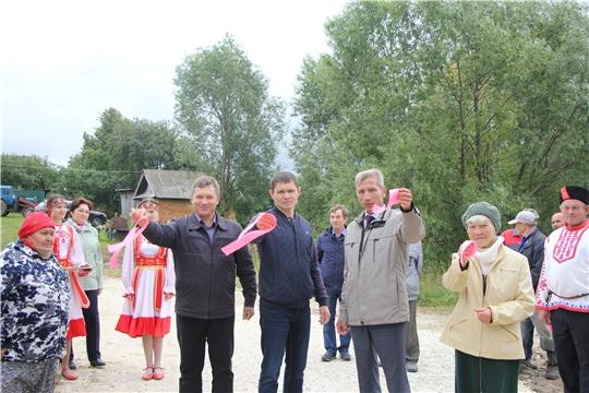 Глава администрации Чебоксарского района Владимир Димитриев ознакомился с работами по ремонту автодорог в границах сельских поселений